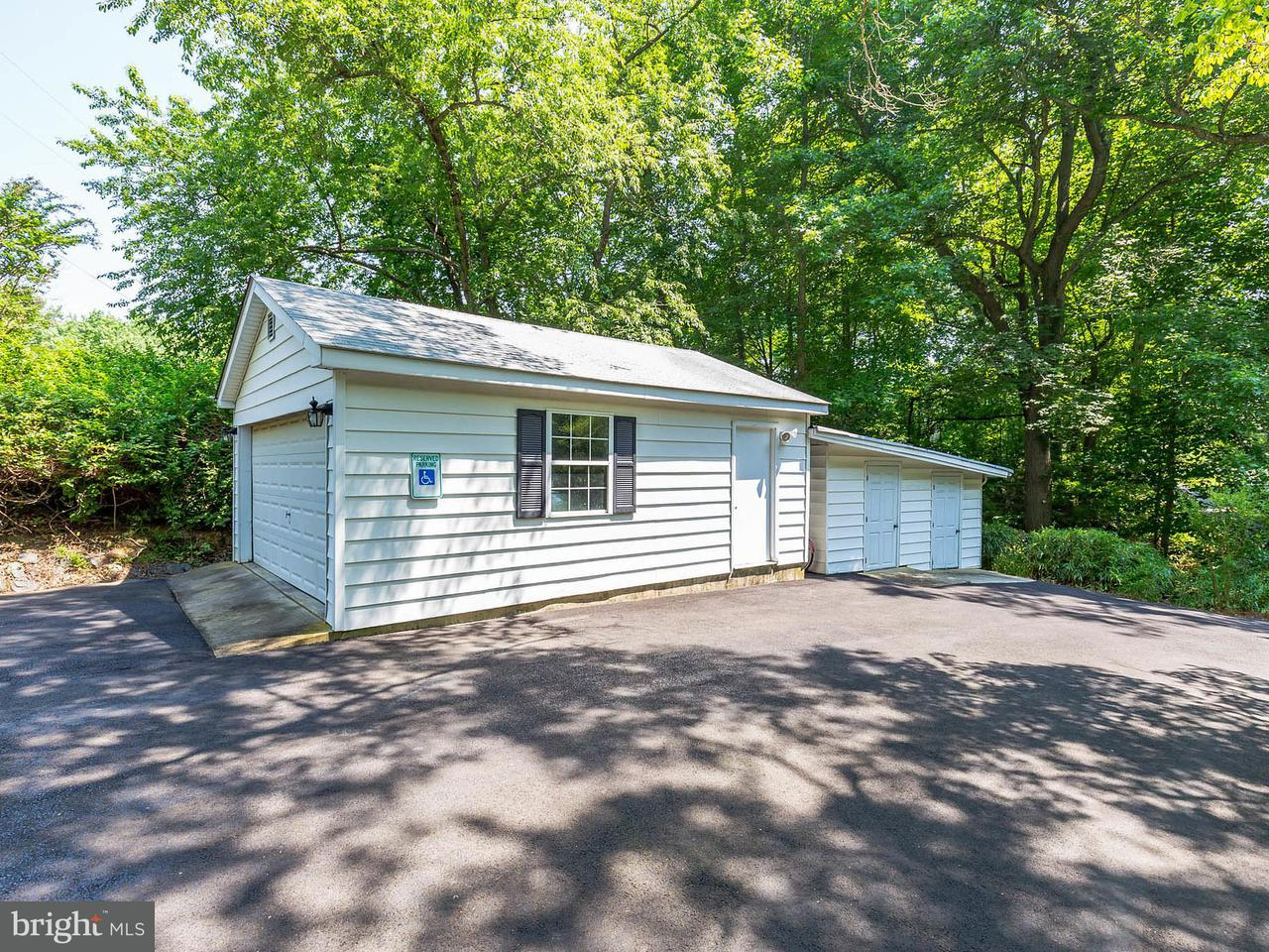 Additional photo for property listing at 11815 HILLTOP Road 11815 HILLTOP Road Lusby, Maryland 20657 États-Unis