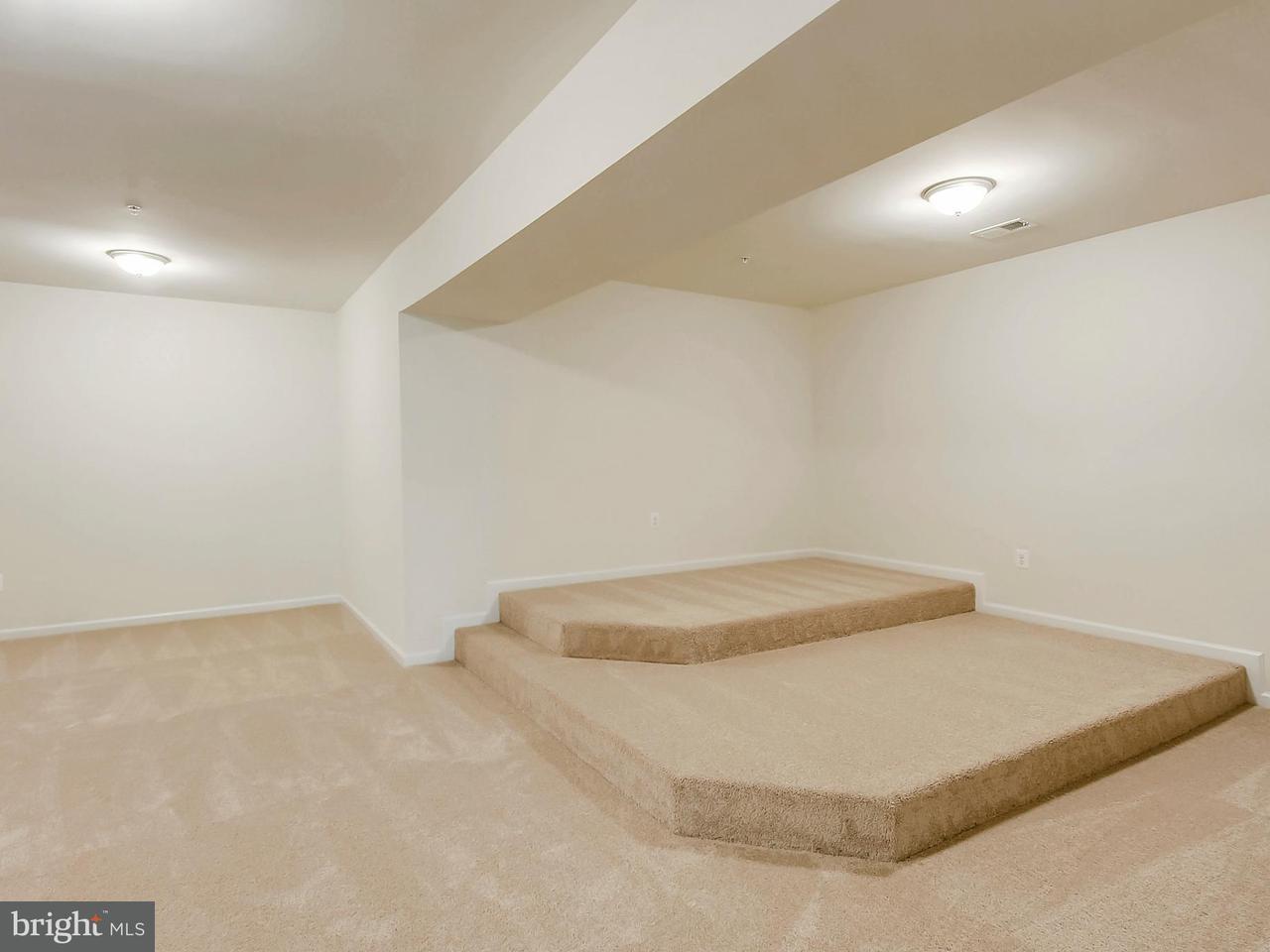 Additional photo for property listing at 15600 Taylerton Lane 15600 Taylerton Lane Brandywine, Maryland 20613 États-Unis