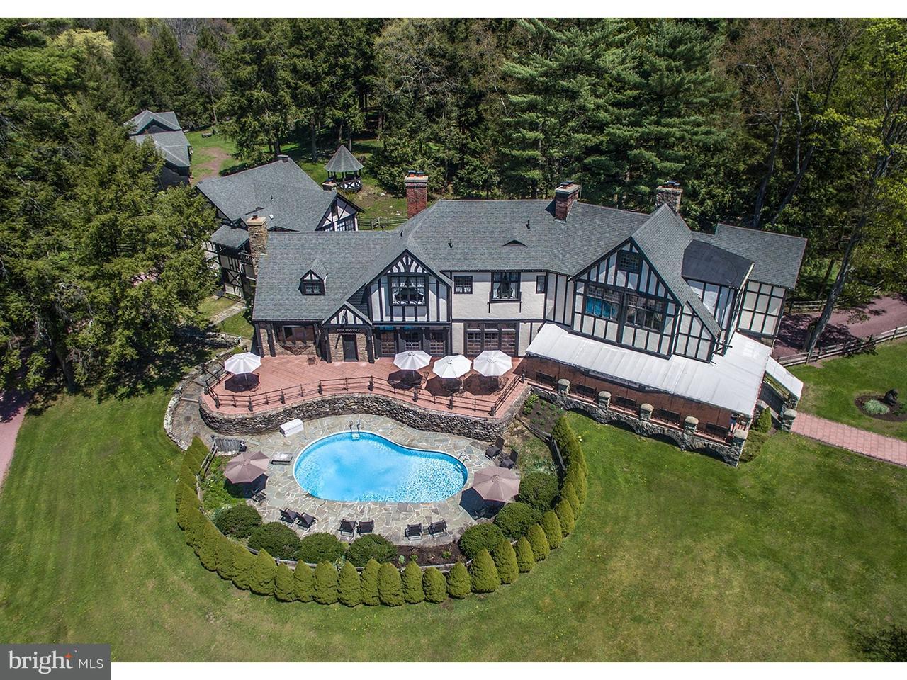 独户住宅 为 销售 在 1 COACH Road Bear Creek, 宾夕法尼亚州 18602 美国