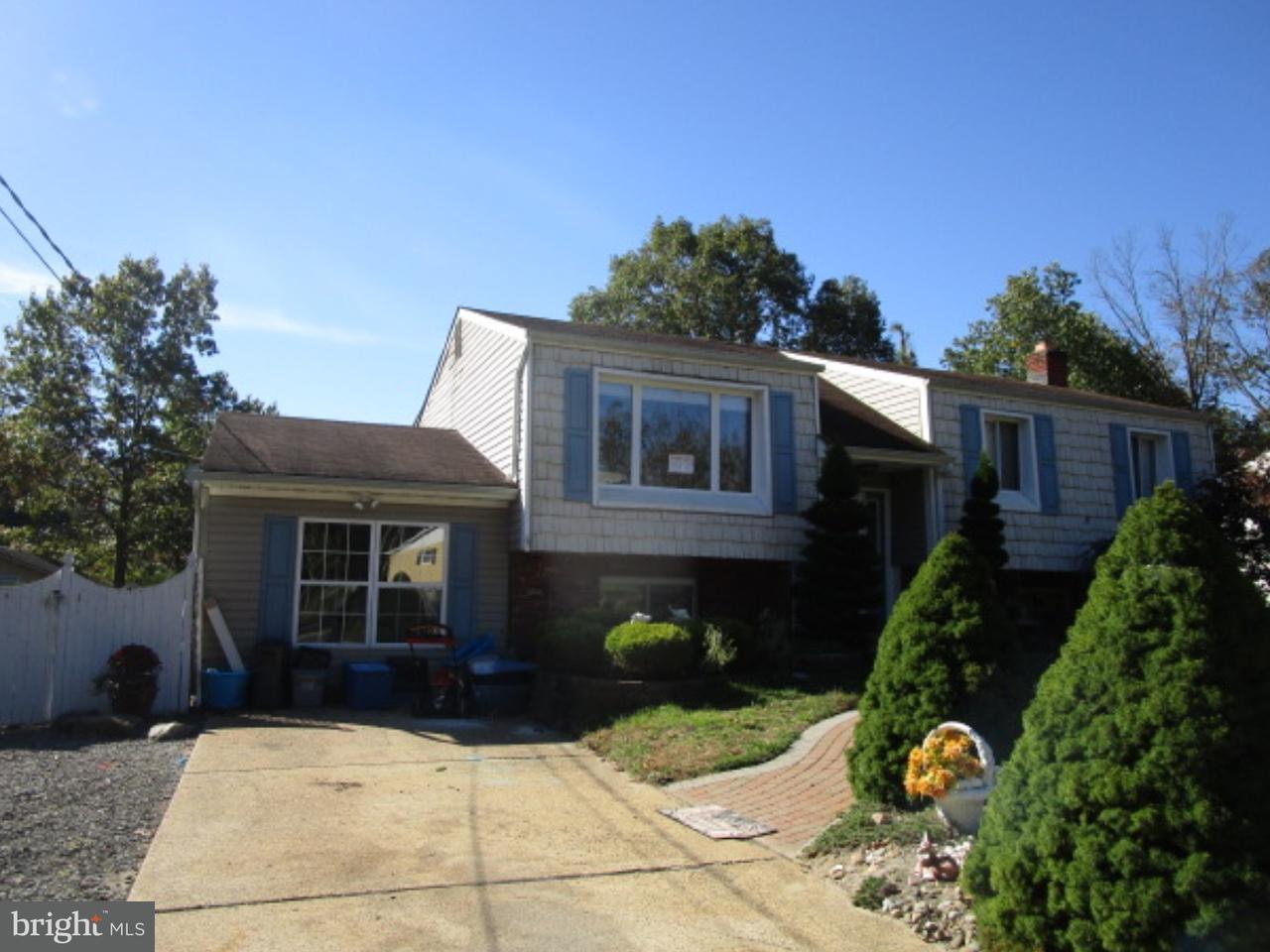 独户住宅 为 销售 在 103 CEDAR LAKE Drive Williamstown, 新泽西州 08094 美国