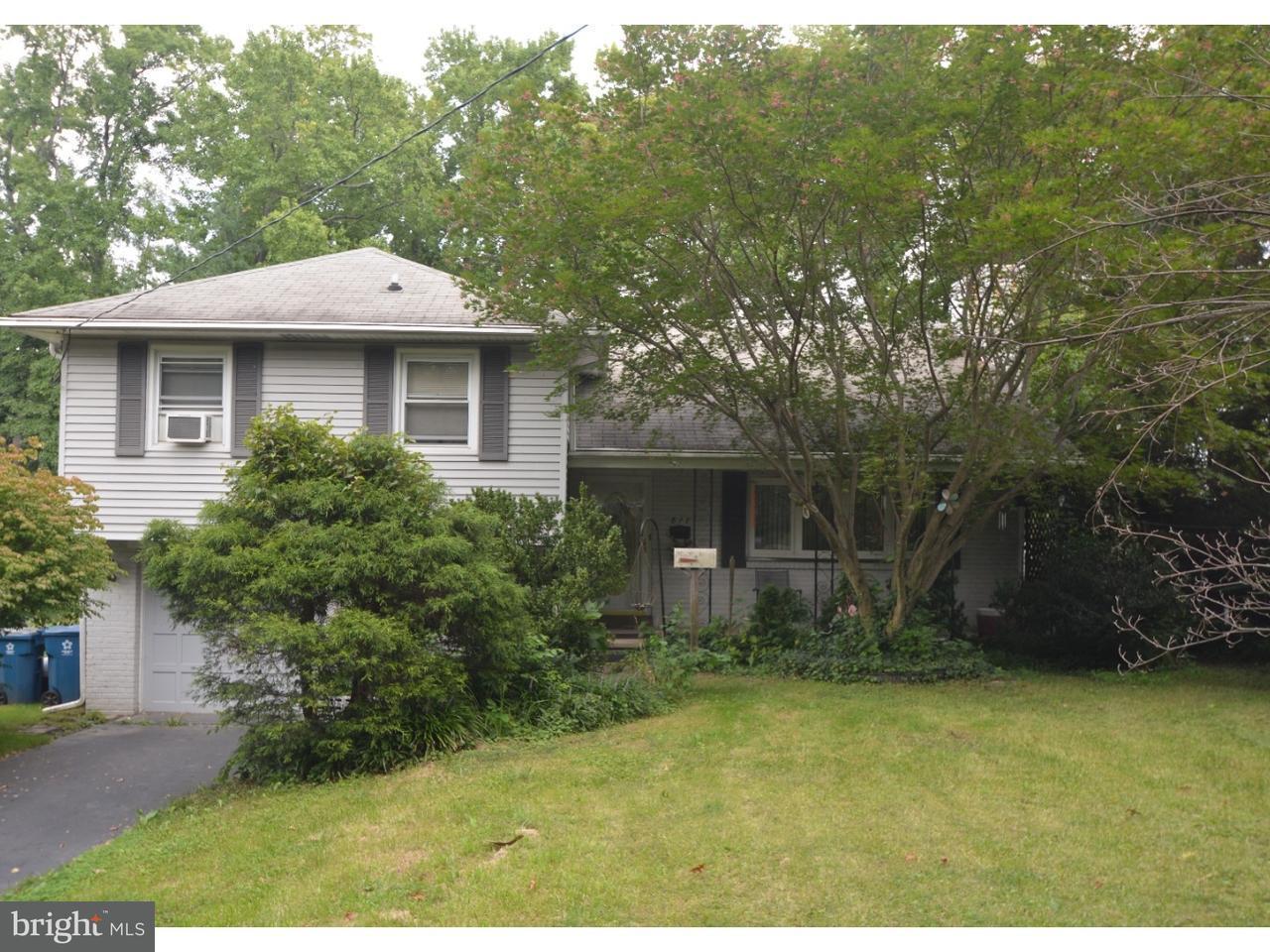 Частный односемейный дом для того Продажа на 817 WOODSDALE Road Wilmington, Делавэр 19809 Соединенные Штаты