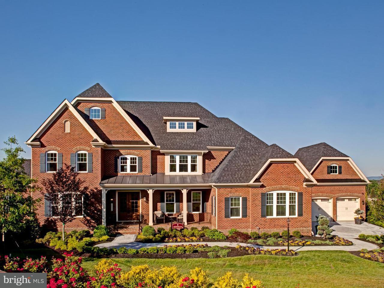 Moradia para Venda às 6823 LILLY BELLE Court 6823 LILLY BELLE Court Centreville, Virginia 20120 Estados Unidos