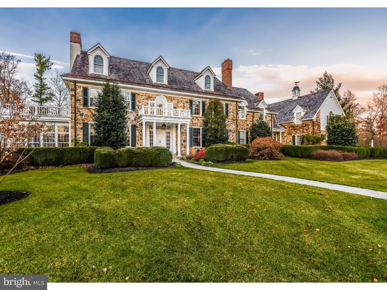 Maison unifamiliale pour l Vente à 744 FOX HOLLOW Road Ambler, Pennsylvanie 19002 États-Unis