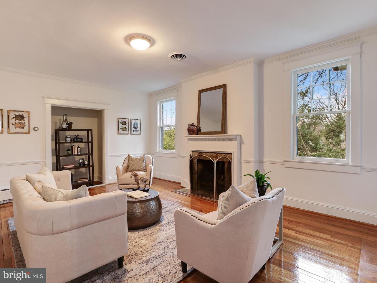 Additional photo for property listing at 3512 Lowell St NW  Washington, District Of Columbia 20016 United States