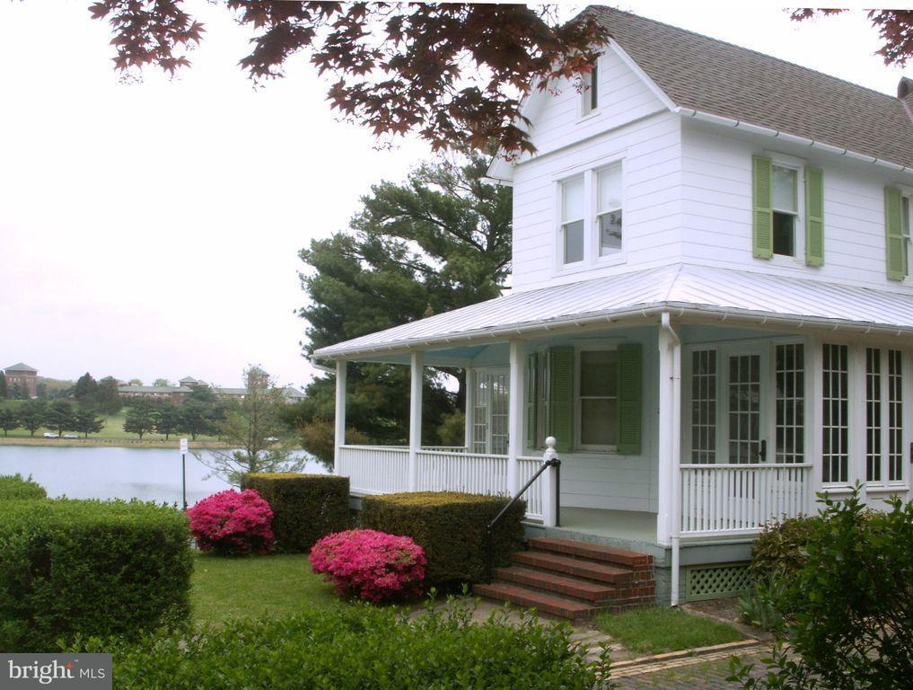 Single Family for Sale at 2100 Kentucky Ave Baltimore, Maryland 21218 United States