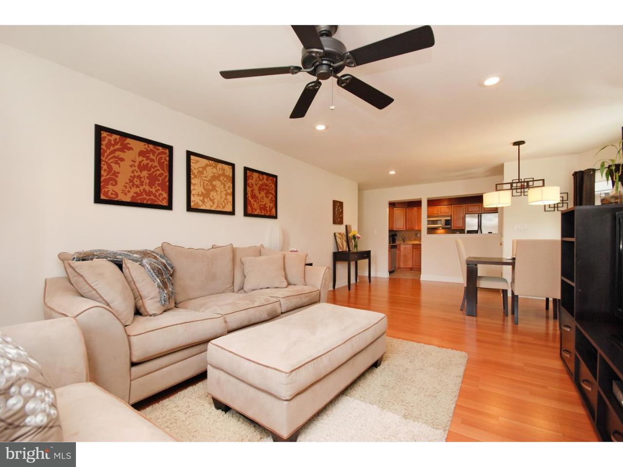 联栋屋 为 销售 在 29 POWELL Court Hightstown, 新泽西州 08520 美国在/周边: Hightstown Borough