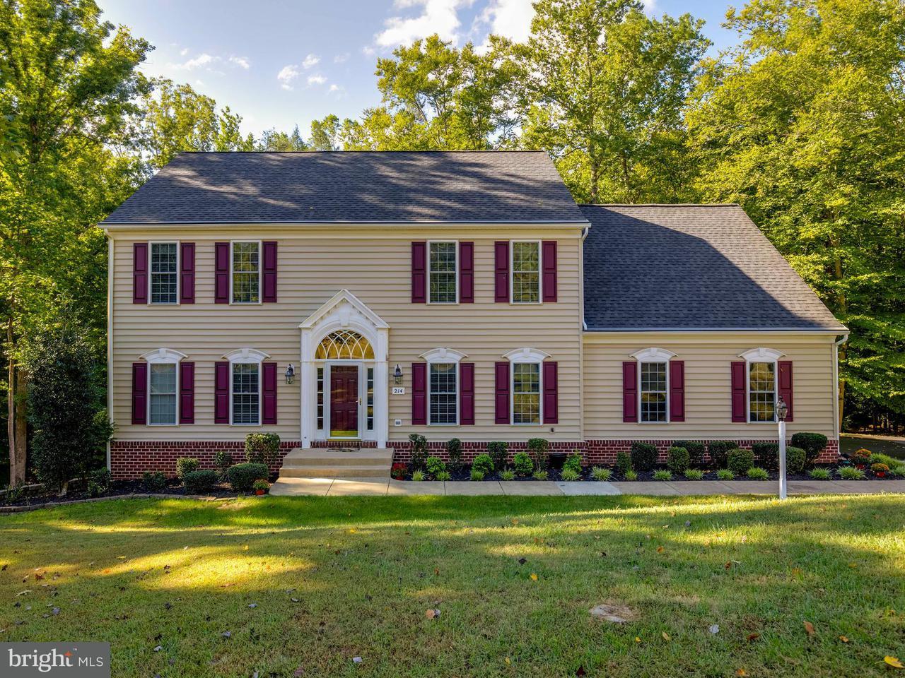 Casa Unifamiliar por un Venta en 214 KIMBERWICK Lane 214 KIMBERWICK Lane Stafford, Virginia 22556 Estados Unidos