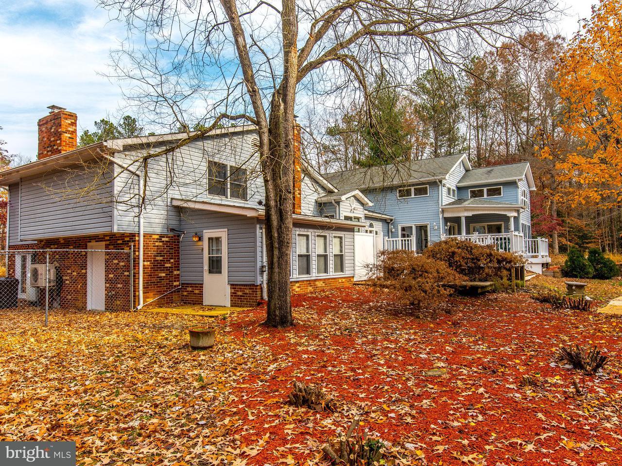 Maison unifamiliale pour l Vente à 39249 SAINT THOMAS Drive 39249 SAINT THOMAS Drive Mechanicsville, Maryland 20659 États-Unis