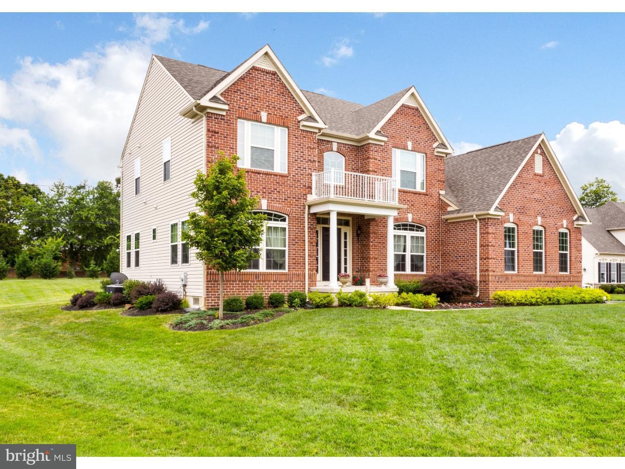 Maison unifamiliale pour l Vente à 114 GREEN BRIAR Court Cinnaminson, New Jersey 08077 États-Unis