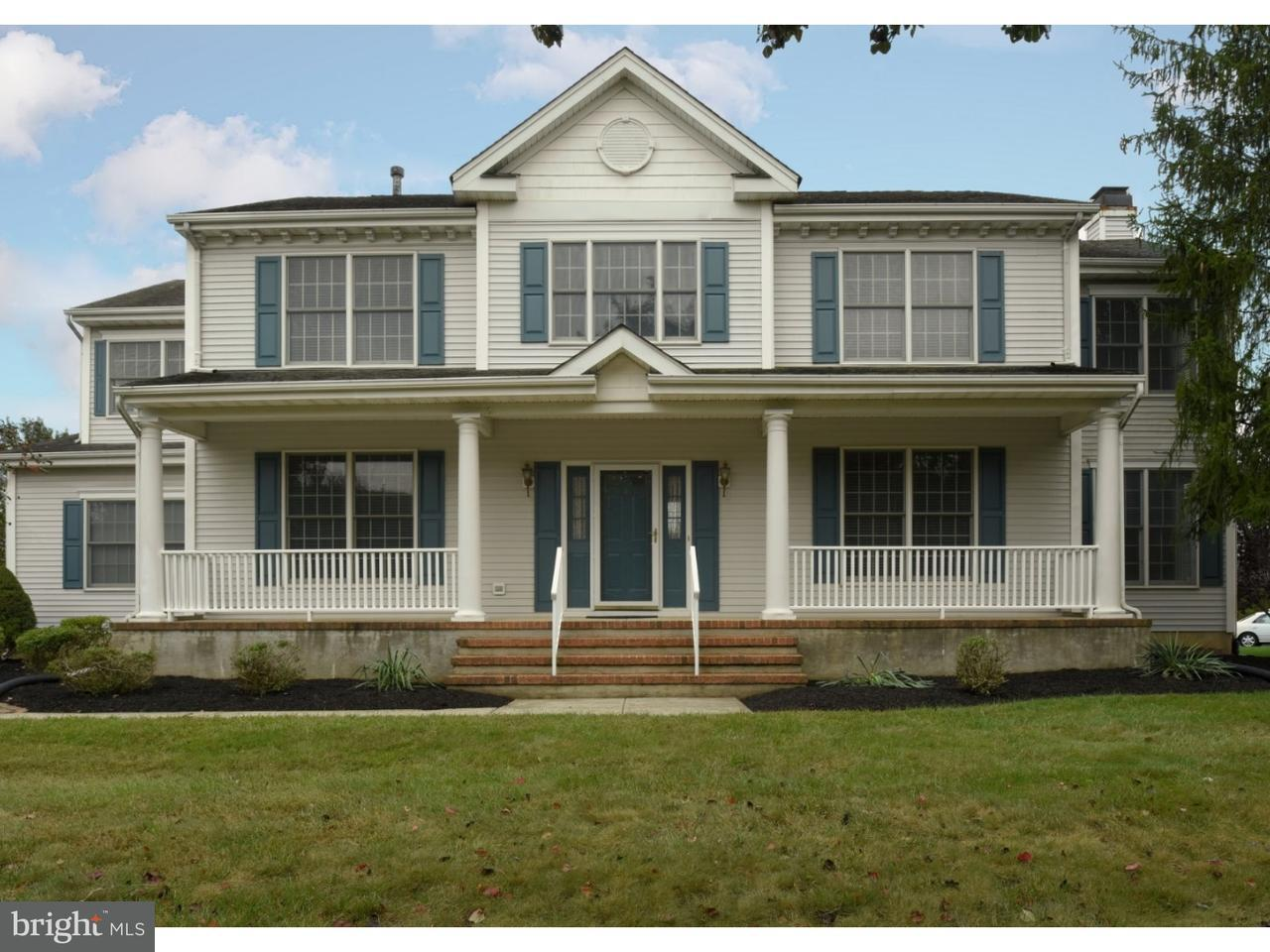 Single Family Home for Sale at 4 PERRINE Lane Cranbury, New Jersey 08512 United StatesMunicipality: Cranbury Township