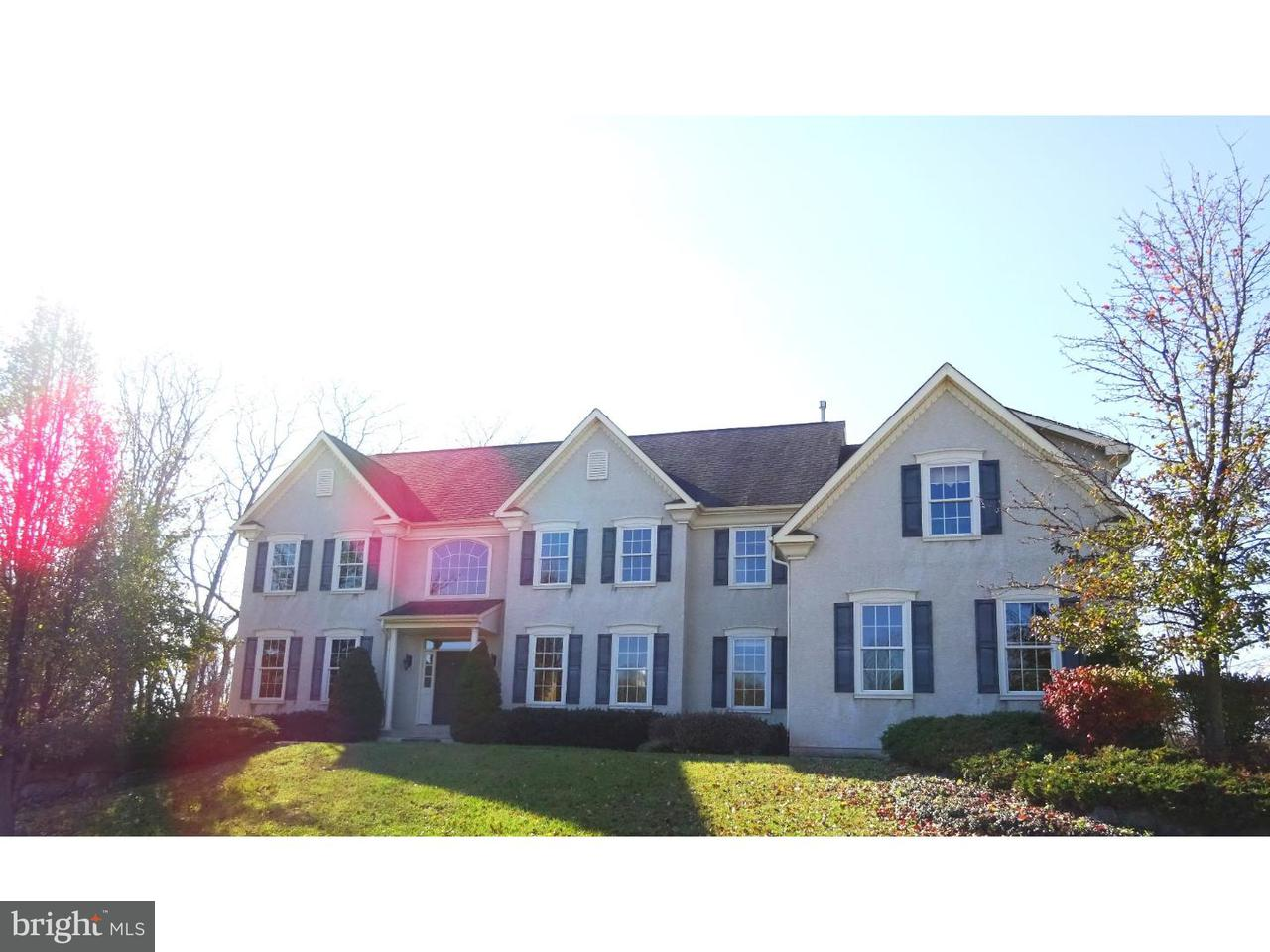 Частный односемейный дом для того Продажа на 16 LEAF CREEK Court Douglassville, Пенсильвания 19518 Соединенные Штаты