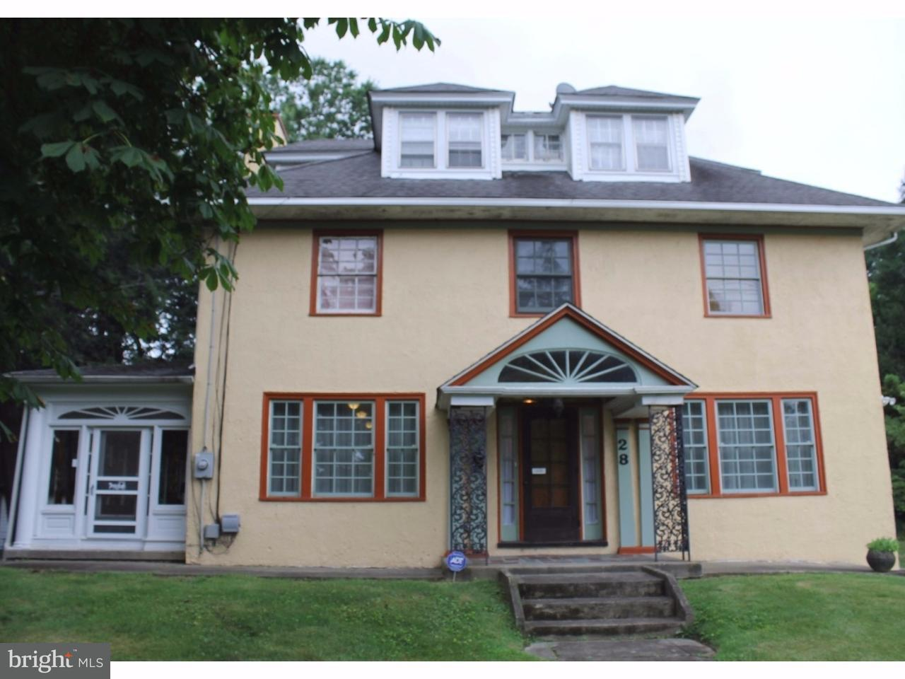 Single Family Home for Sale at 28 S COVE Road Merchantville, New Jersey 08109 United States