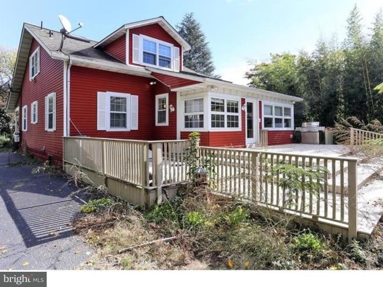 Maison unifamiliale pour l Vente à 169 OLD CRANBURY Road East Windsor Township, New Jersey 08512 États-UnisDans/Autour: East Windsor Township