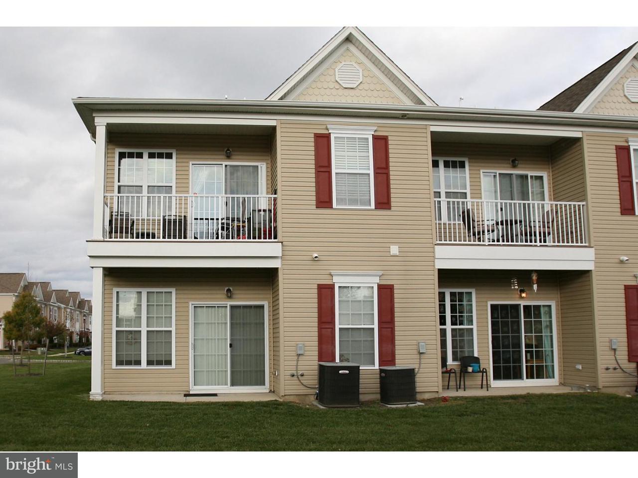 Appartement en copropriété pour l à louer à 916 VAN GOGH Court Williamstown, New Jersey 08094 États-UnisDans/Autour: Monroe Township