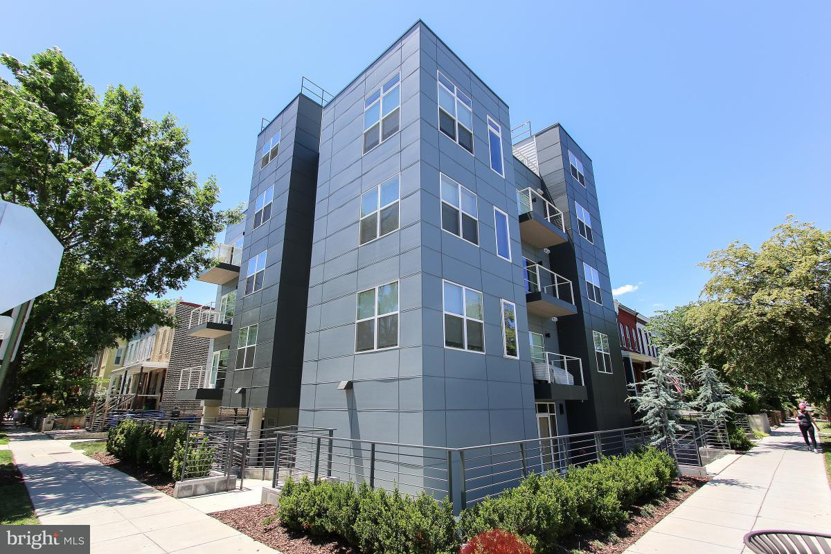 Single Family for Sale at 401 15th St SE #203 Washington, District Of Columbia 20003 United States