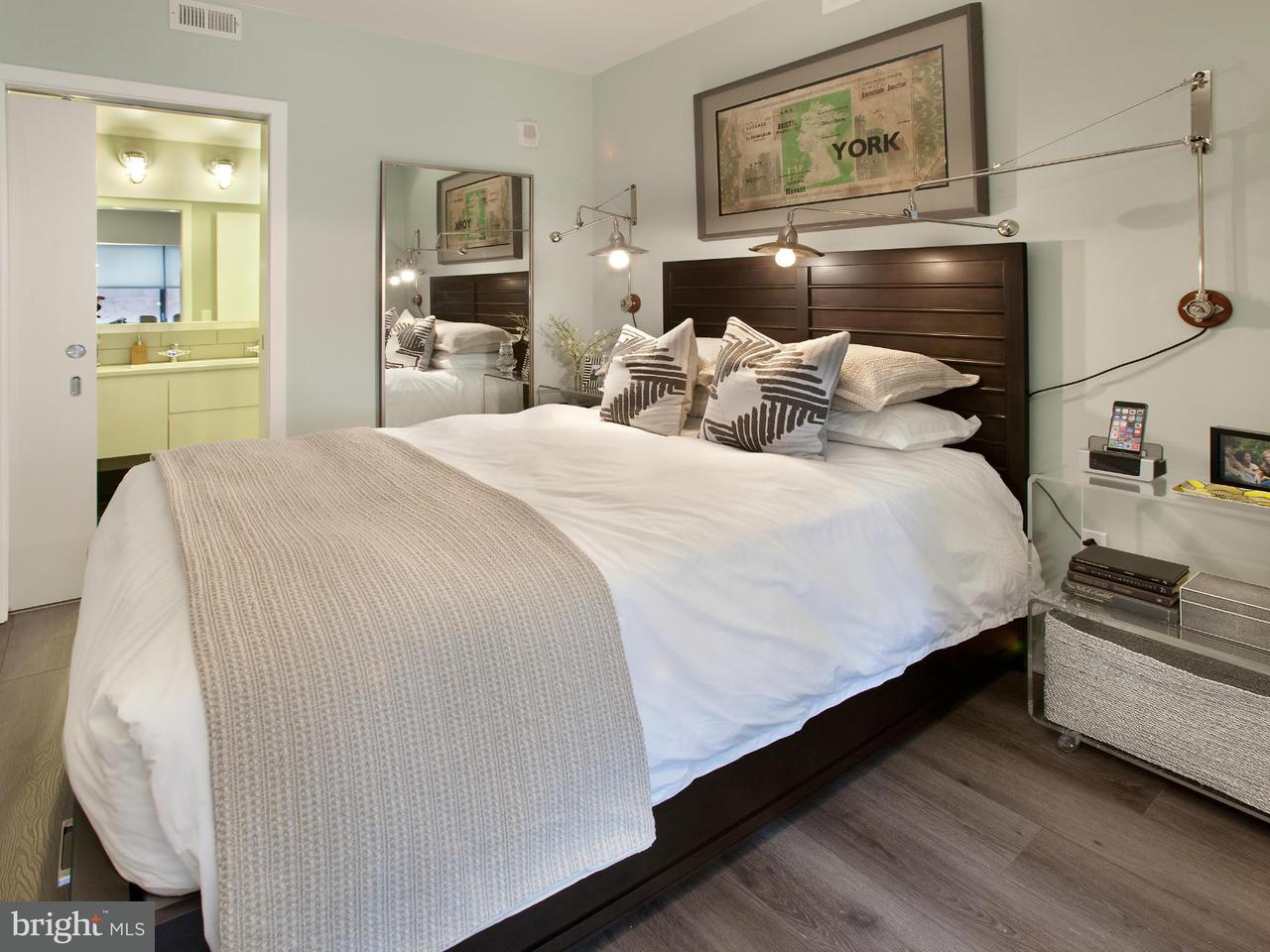 Additional photo for property listing at 2112 8th St NW #1010  Washington, District Of Columbia 20001 United States
