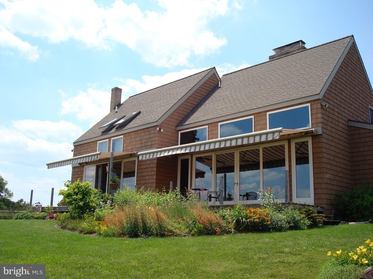 獨棟家庭住宅 為 出售 在 842 HESS RD S 842 HESS RD S Needmore, 賓夕法尼亞州 17238 美國