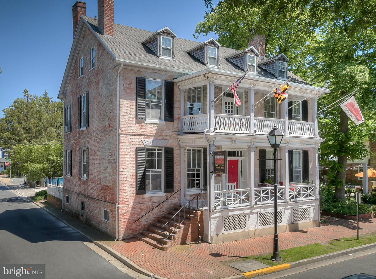 Commercial for Sale at 28 HARRISON Street 28 HARRISON Street Easton, Maryland 21601 United States