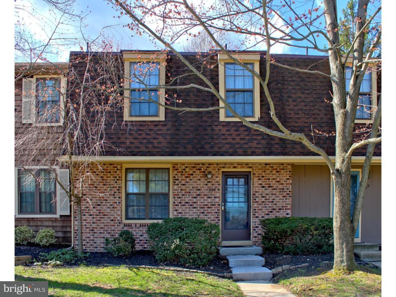 Appartement en copropriété pour l Vente à 920 KINGS CROFT Cherry Hill, New Jersey 08034 États-Unis