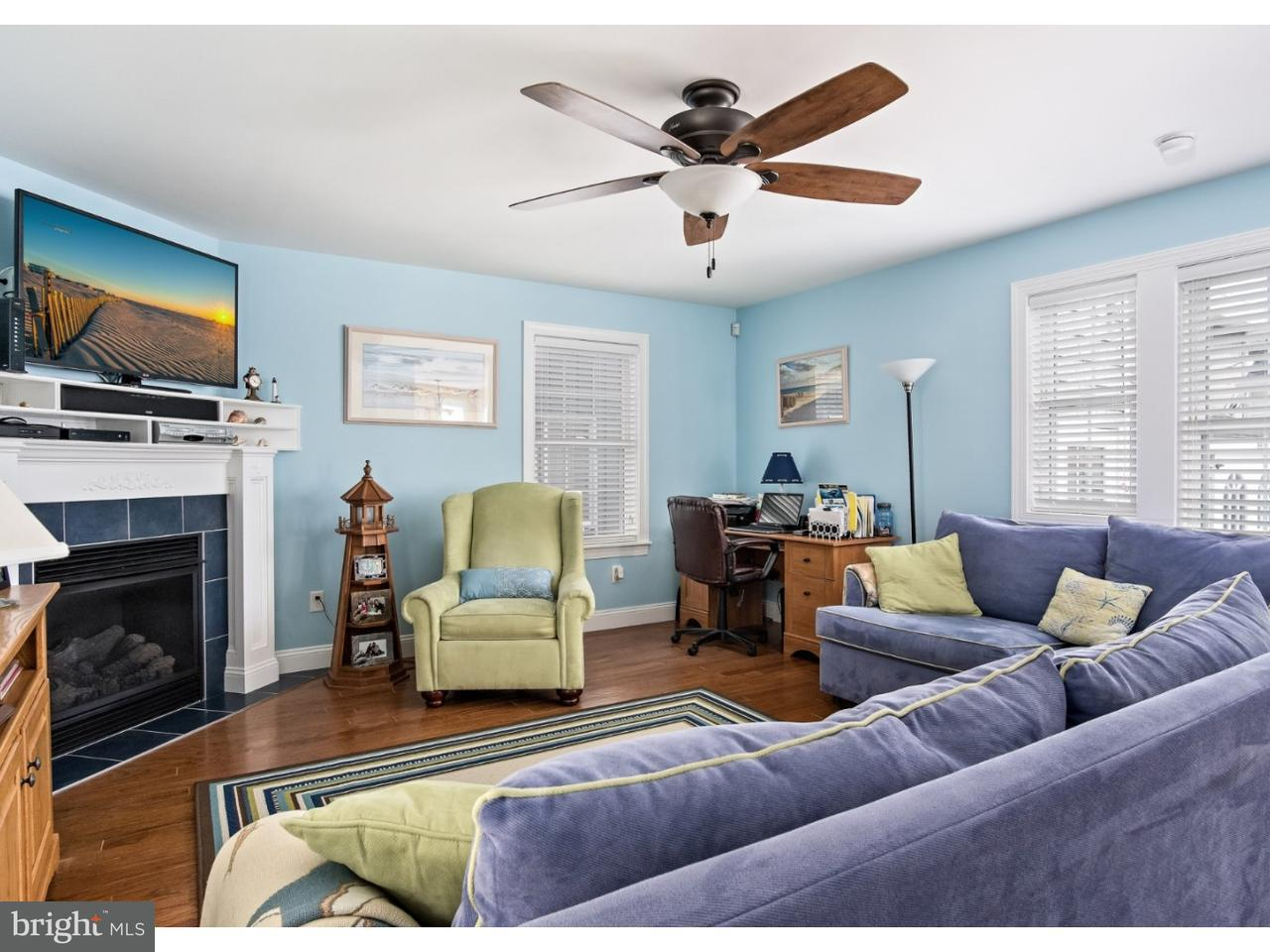 Maison accolée pour l Vente à 504 E 13TH AVE #C North Wildwood, New Jersey 08260 États-Unis