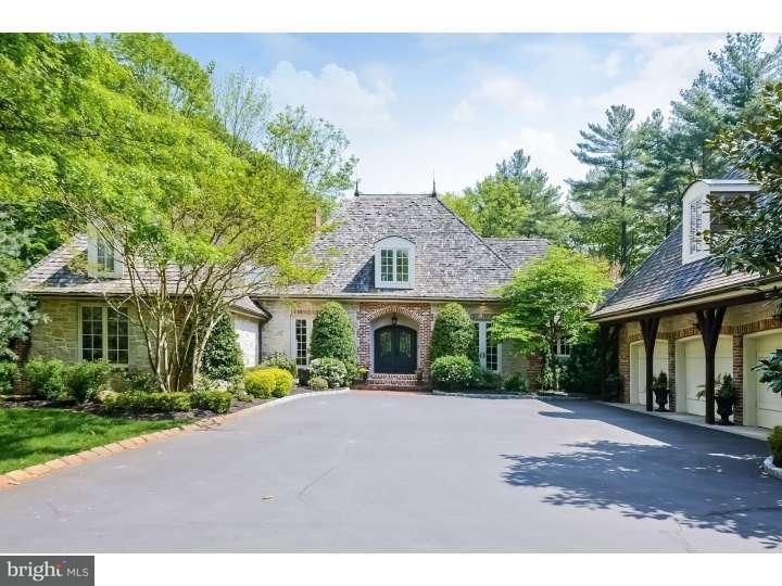 Частный односемейный дом для того Продажа на 807 RIVERTON Road Moorestown, Нью-Джерси 08057 Соединенные Штаты