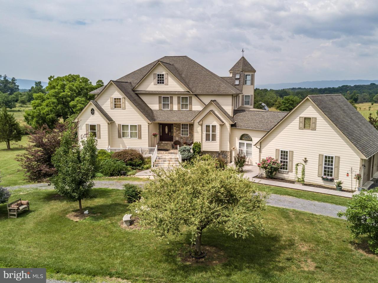 Частный односемейный дом для того Продажа на 1038 HITES Road 1038 HITES Road Middletown, Виргиния 22645 Соединенные Штаты