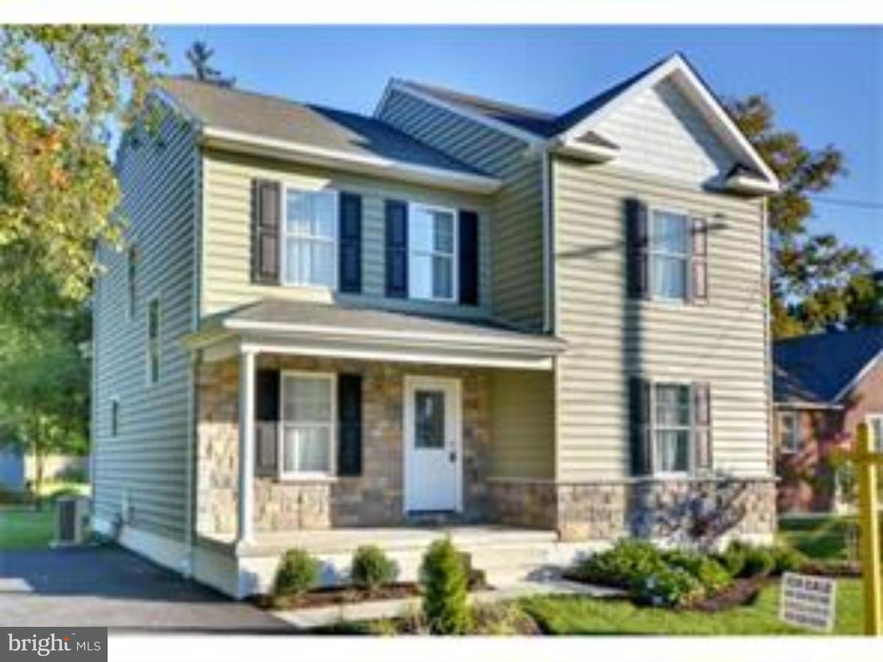 Частный односемейный дом для того Продажа на 334 HOLMES Road Holmes, Пенсильвания 19043 Соединенные Штаты
