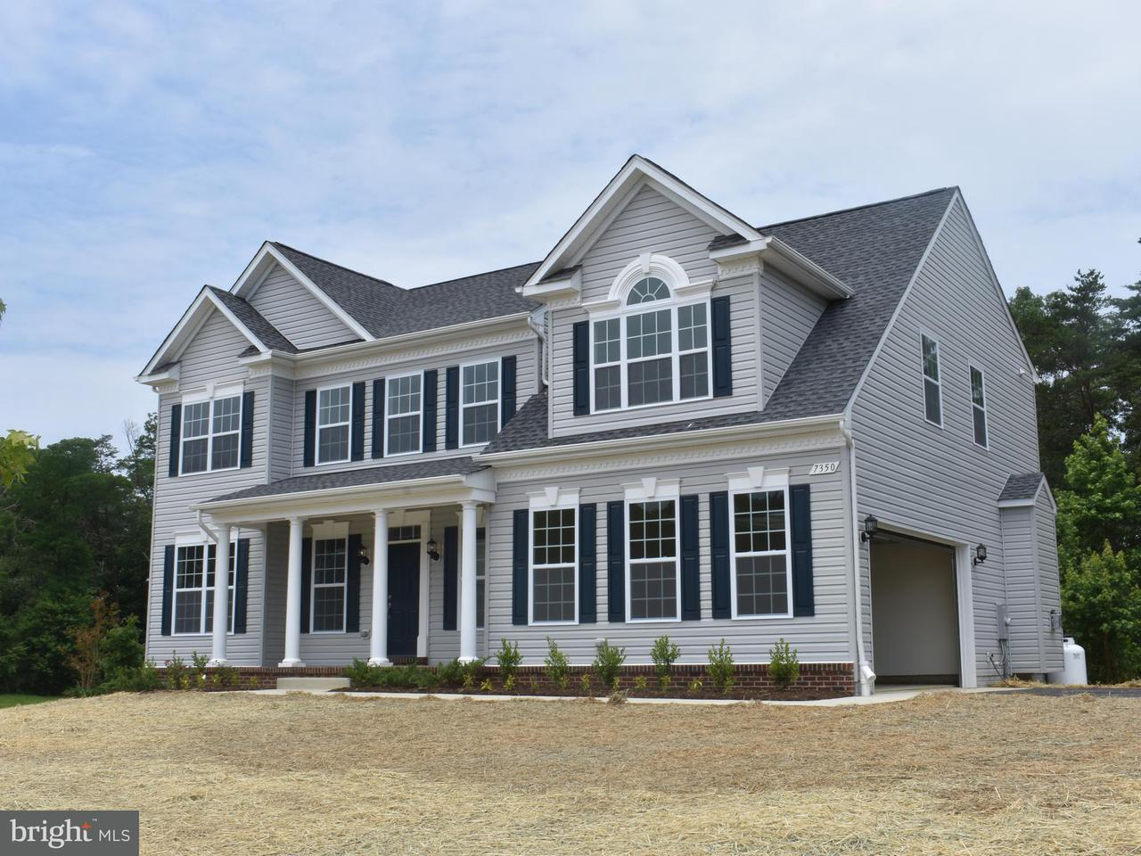 Частный односемейный дом для того Продажа на 7350 SCARLET SAGE Court 7350 SCARLET SAGE Court Hughesville, Мэриленд 20637 Соединенные Штаты