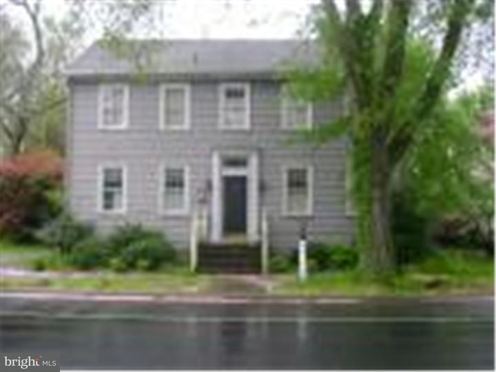 Частный односемейный дом для того Аренда на 101 S MAIN Street Camden, Делавэр 19934 Соединенные Штаты