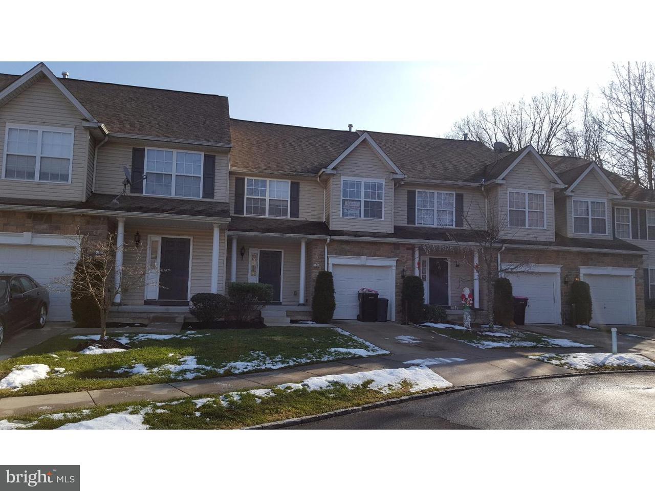 联栋屋 为 出租 在 10 ARDMORE Court Blackwood, 新泽西州 08012 美国