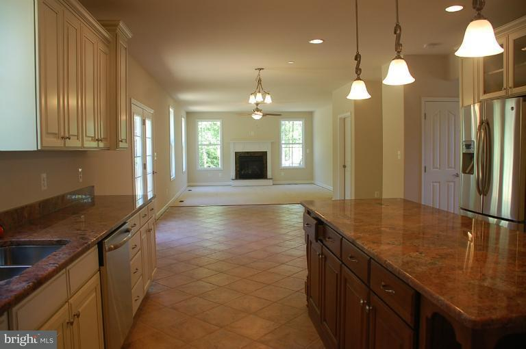 Additional photo for property listing at 14364 FRONTIER TRAILS Court 14364 FRONTIER TRAILS Court Waldorf, メリーランド 20601 アメリカ合衆国