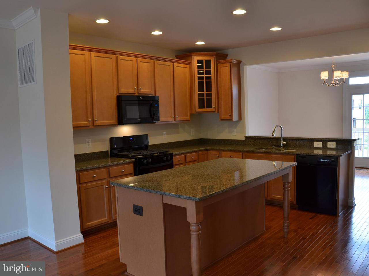 Additional photo for property listing at 7905 YELLOWSTONE WAY 7905 YELLOWSTONE WAY Derwood, Μεριλαντ 20855 Ηνωμενεσ Πολιτειεσ
