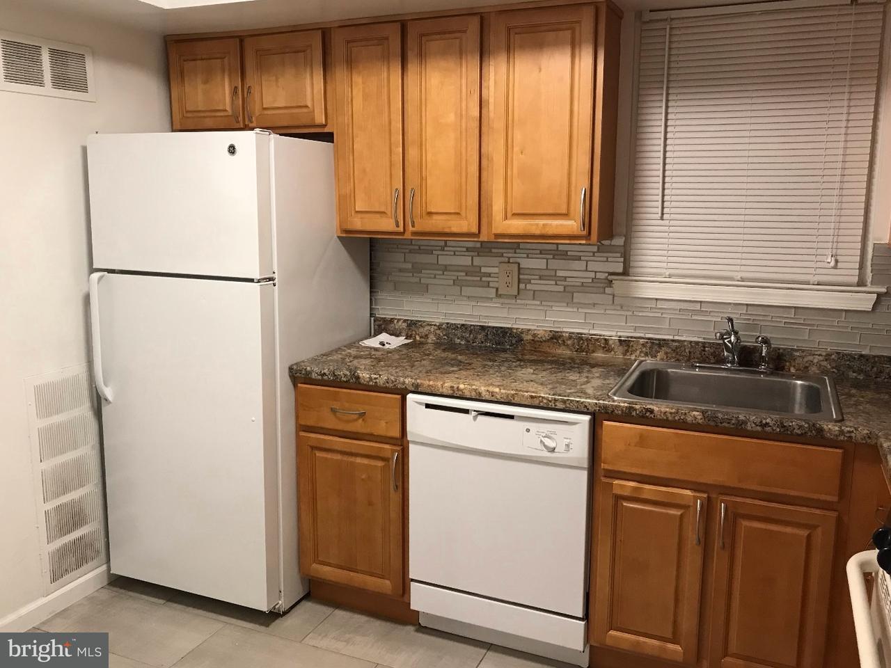 Maison accolée pour l à louer à 4525-27 ROSEMARIE Drive Bensalem, Pennsylvanie 19020 États-Unis