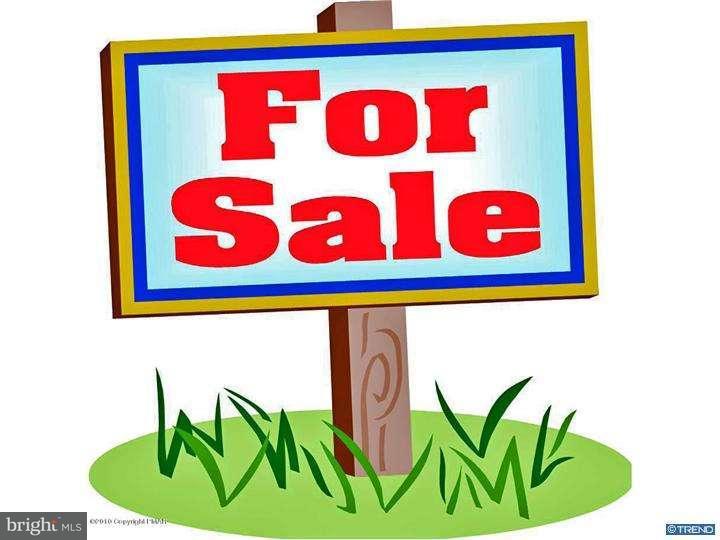 Частный односемейный дом для того Аренда на 4206 CHELSEA WAY Tobyhanna, Пенсильвания 18466 Соединенные Штаты