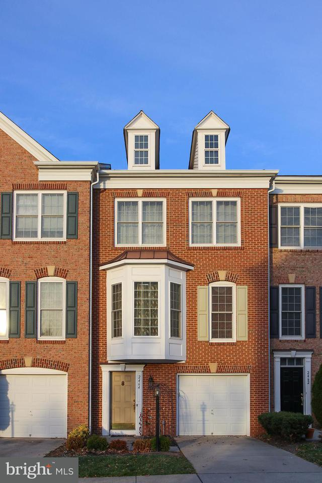 Townhouse for Sale at 2464 TERRA COTTA Circle 2464 TERRA COTTA Circle Herndon, Virginia 20171 United States