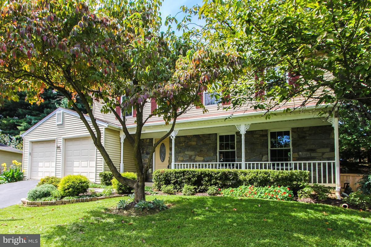 Villa per Vendita alle ore 15700 ANAMOSA Drive 15700 ANAMOSA Drive Derwood, Maryland 20855 Stati Uniti