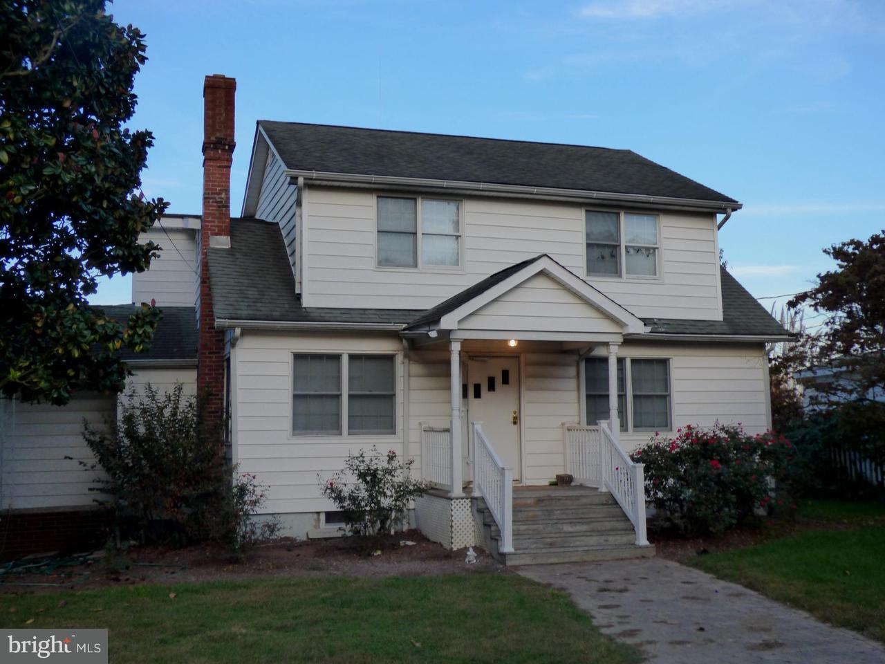 Maison unifamiliale pour l Vente à 14324 CALVERT Street 14324 CALVERT Street Solomons, Maryland 20688 États-Unis