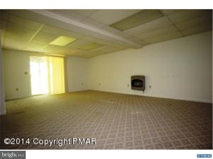 Additional photo for property listing at 1223 VALLEY Drive  East Stroudsburg, 宾夕法尼亚州 18302 美国