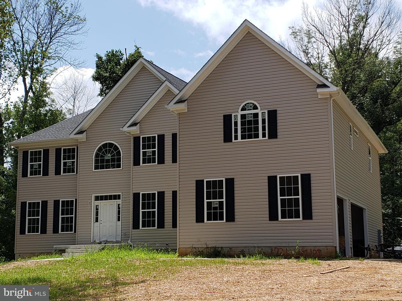 Casa Unifamiliar por un Venta en 109 CAMP GEARY Lane 109 CAMP GEARY Lane Stafford, Virginia 22554 Estados Unidos