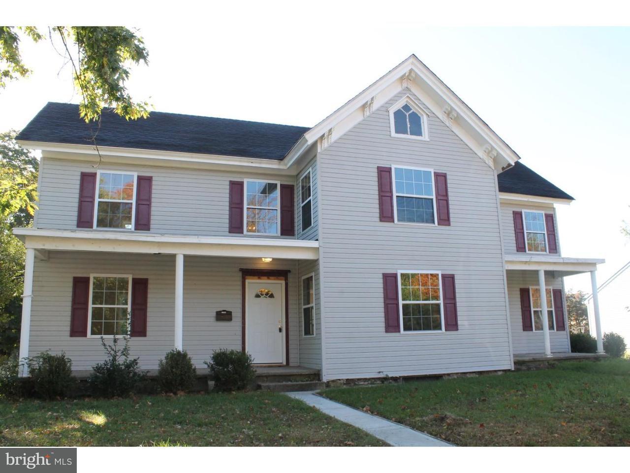 Частный односемейный дом для того Продажа на 2 PINE Street Beverly, Нью-Джерси 08010 Соединенные Штаты