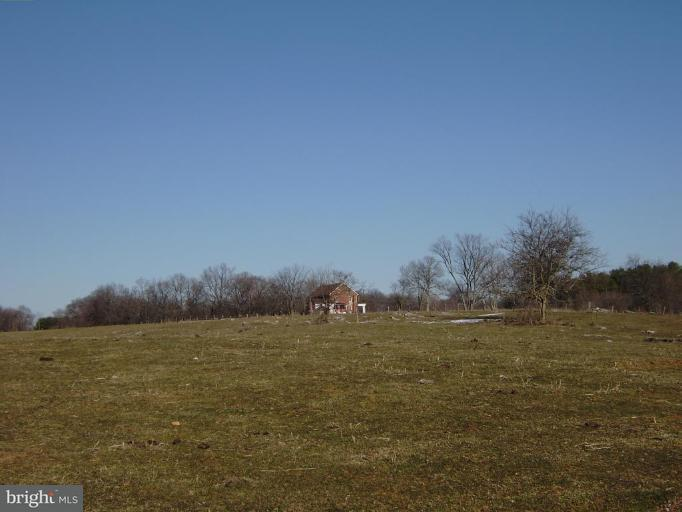 Additional photo for property listing at OLD NATIONAL PIKE OLD NATIONAL PIKE Hagerstown, 馬里蘭州 21740 美國