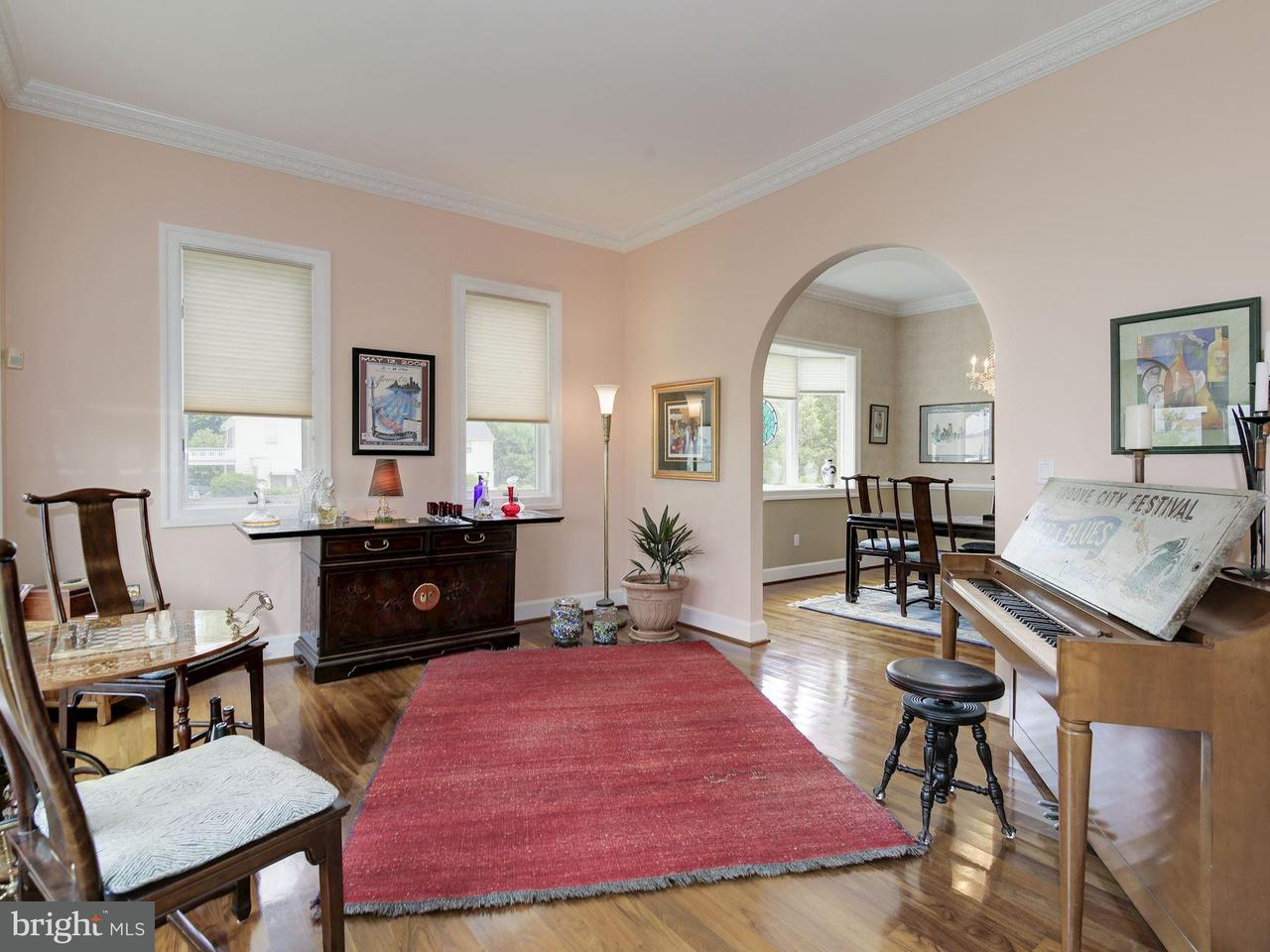 Additional photo for property listing at 108 Riverside Drive 108 Riverside Drive Cambridge, 메릴랜드 21613 미국