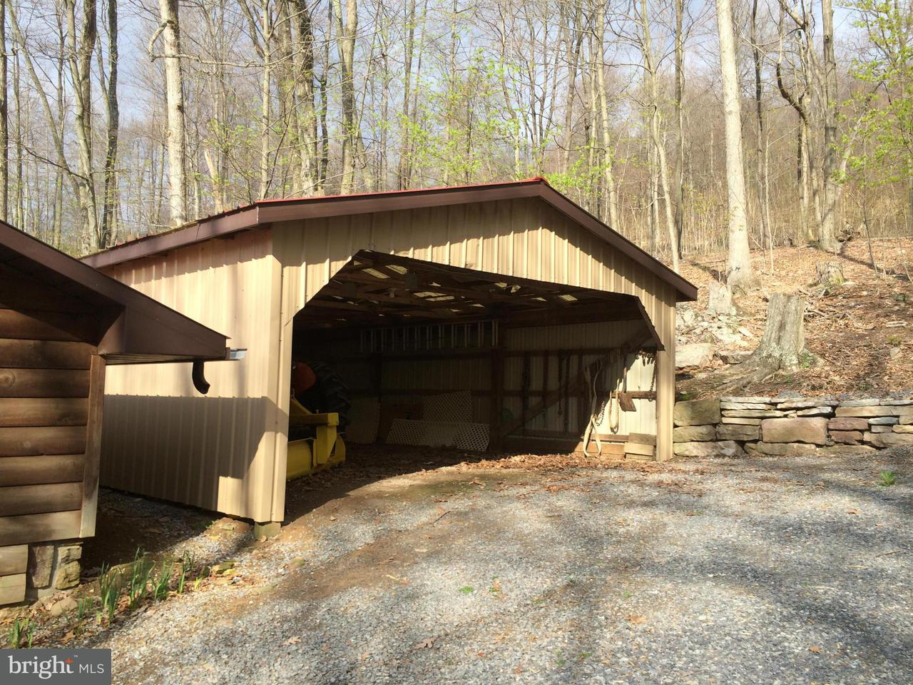 Additional photo for property listing at 7125 HORSE VALLEY Road 7125 HORSE VALLEY Road East Waterford, Pennsylvania 17021 Estados Unidos