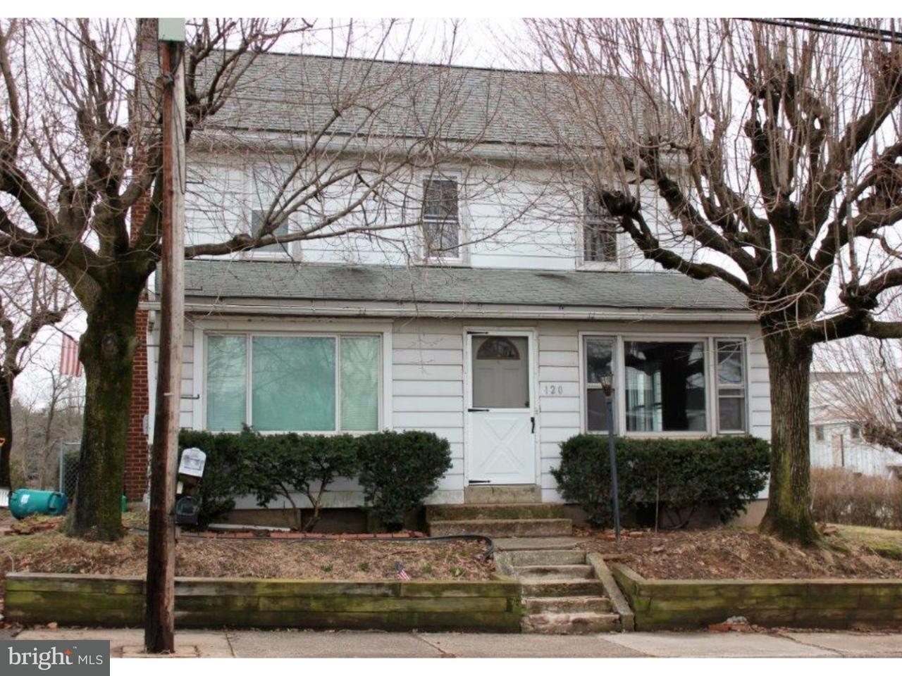 复式单位 为 销售 在 120 GREEN Street Silverdale, 宾夕法尼亚州 18962 美国