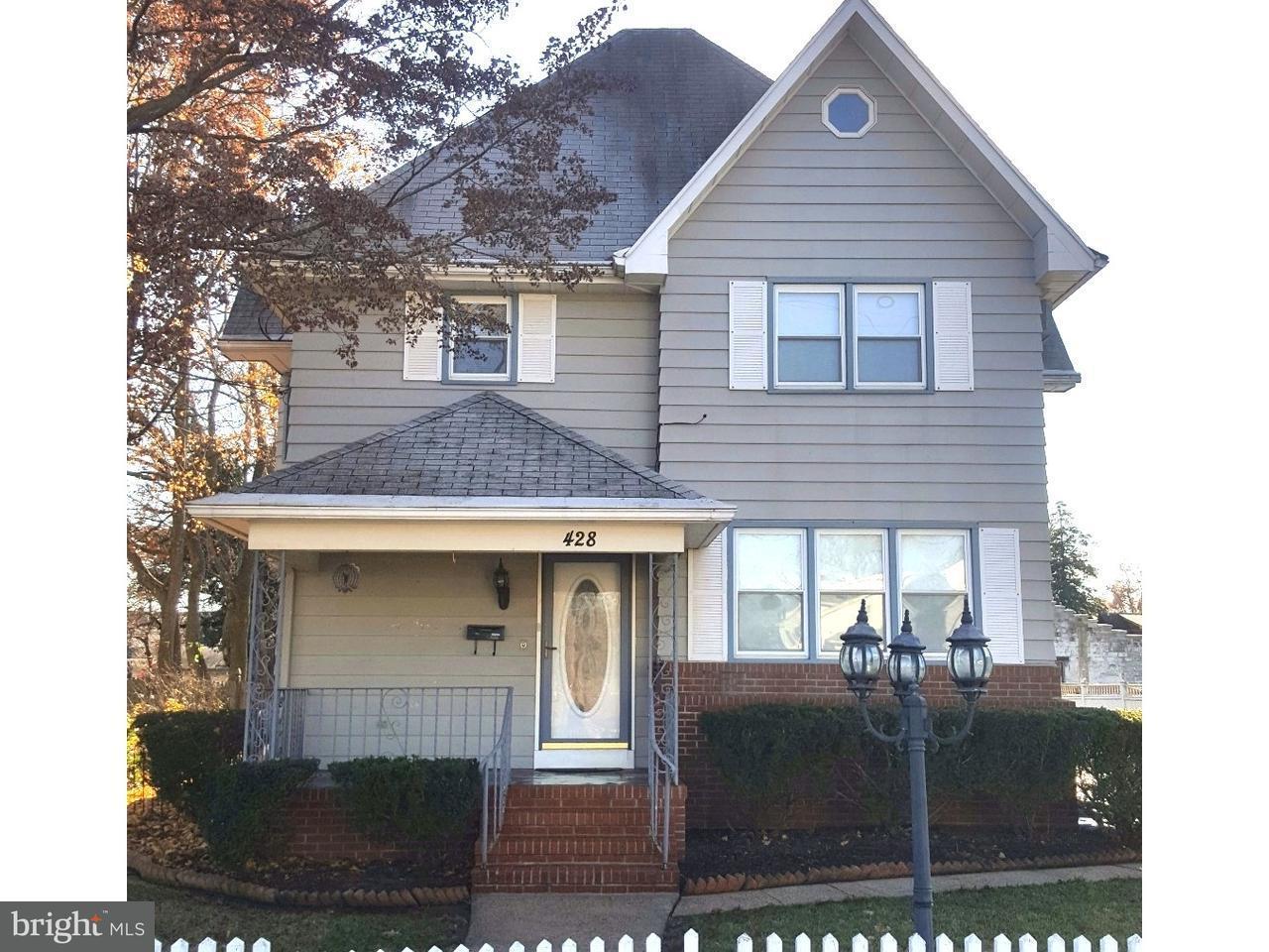Maison unifamiliale pour l Vente à 428 W FRONT Street Florence, New Jersey 08518 États-Unis