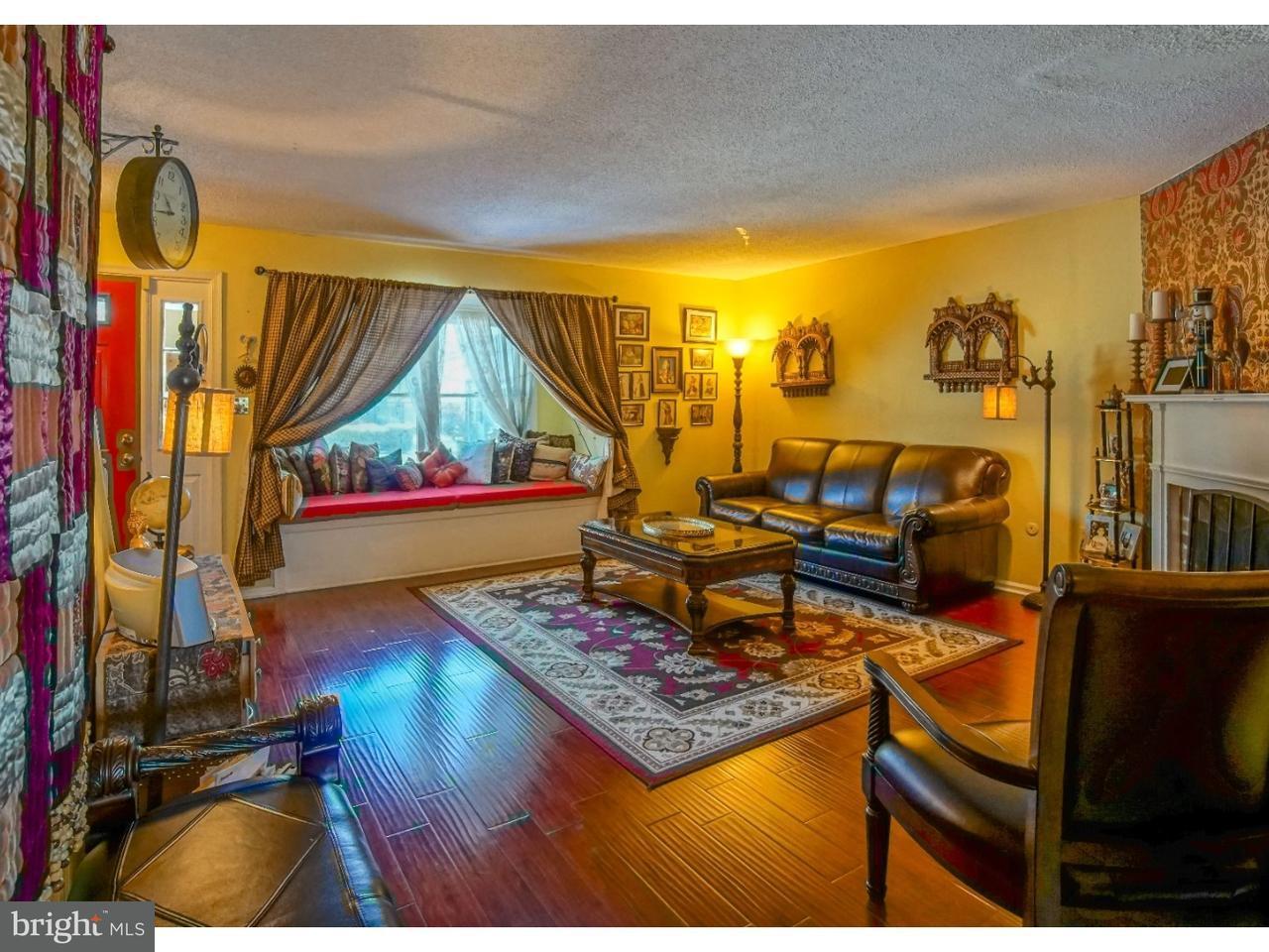 Casa unifamiliar adosada (Townhouse) por un Venta en 17J SHIRLEY Lane Lawrenceville, Nueva Jersey 08648 Estados UnidosEn/Alrededor: Lawrence Township