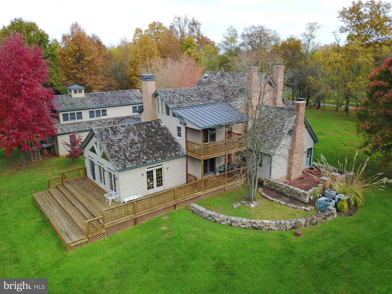 獨棟家庭住宅 為 出售 在 20141 COLCHESTER Road 20141 COLCHESTER Road Purcellville, 弗吉尼亞州 20132 美國
