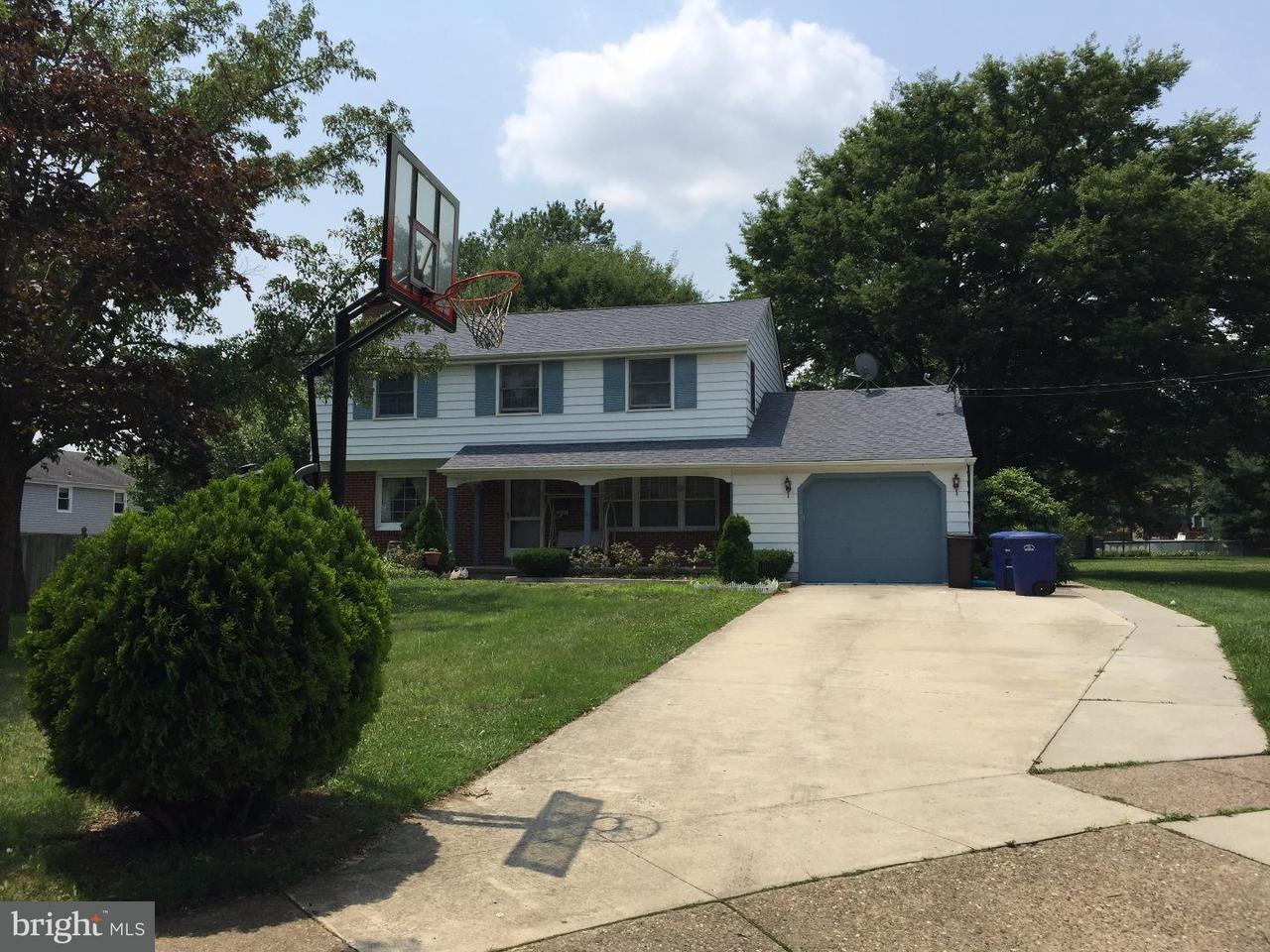 Single Family Home for Rent at 811 WINDSOR Court Cinnaminson, New Jersey 08077 United States
