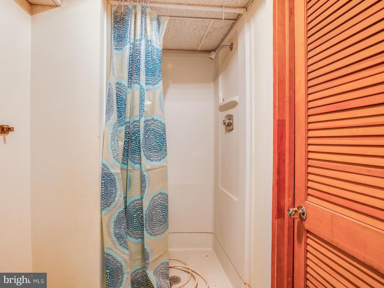 Additional photo for property listing at 808 Marye Street 808 Marye Street Fredericksburg, Виргиния 22401 Соединенные Штаты