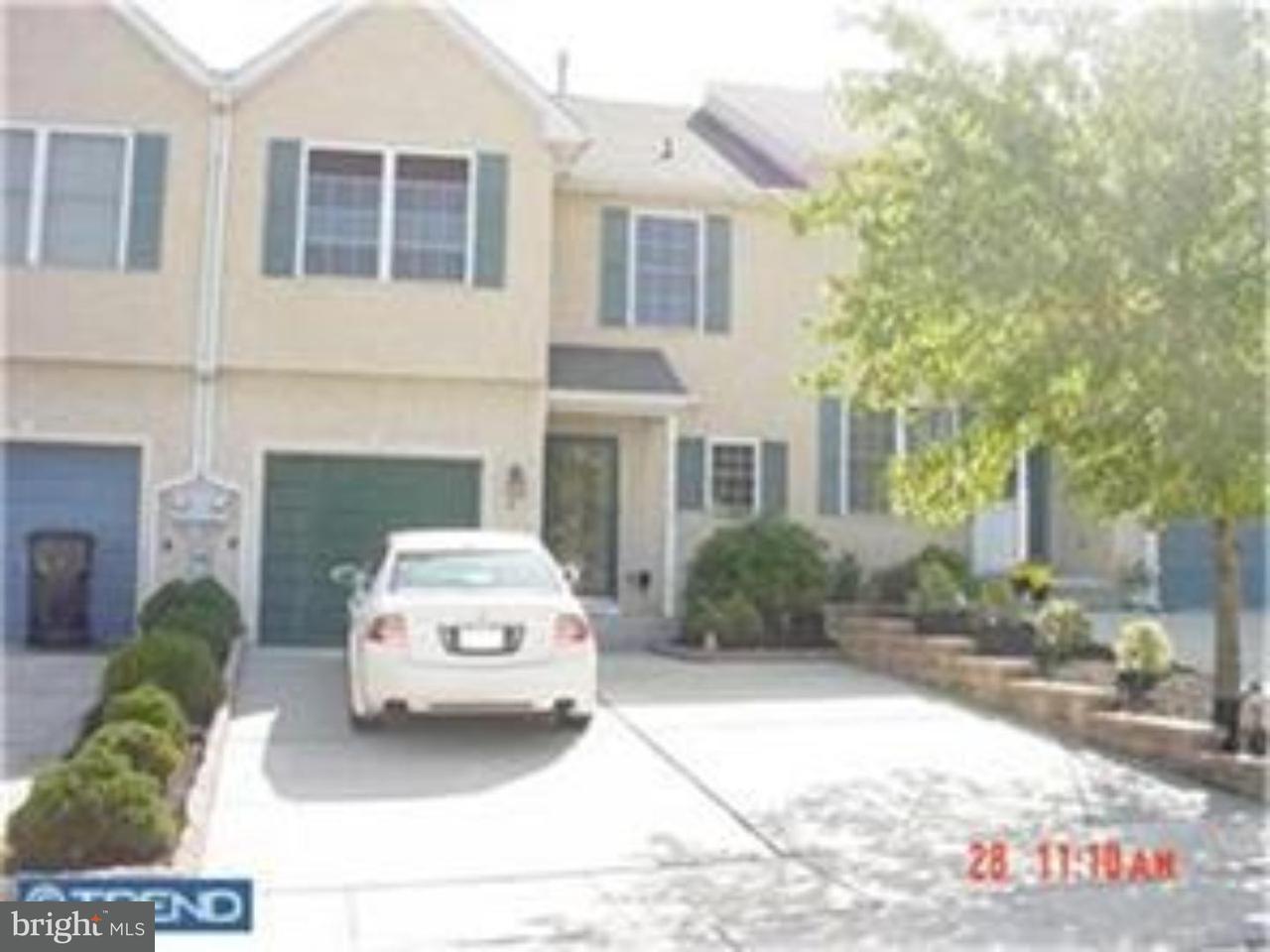 联栋屋 为 出租 在 6 MEADOW Court Sewell, 新泽西州 08080 美国